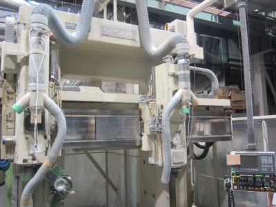 ショーダ NC147<br /> <br /> ・最大1425X2000X500+1200Hの<br />  加工範囲に対応<br /> ・樹脂モデル加工に特化<br /> ・形状加工可能<br />